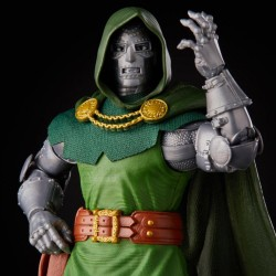 DOCTOR DOOM FANTASTIC FOUR VARIANT FIGURA 15 CM MARVEL LEGENDS