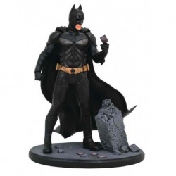 BATMAN DIORAMA PVC 23 CM DC MOVIE CLASSICS GALLERY THE DARK KNIGHT
