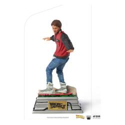 Regreso al Futuro II Estatua 1/10 Art Scale Marty McFly on Hoverboard 22 cm