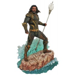 Justice League Movie DC Gallery Estatua Aquaman 23 cm