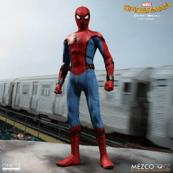 Spider-Man Homecoming Figura  Spider Man16 cm Marvel The One:12 Collectible Mezco